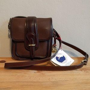 NWT Vintage Dooney & Bourke square bag